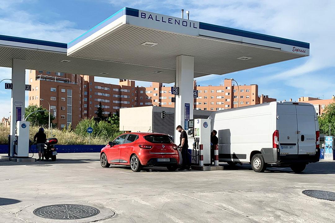 Gasolinera Ballenoil orovilla