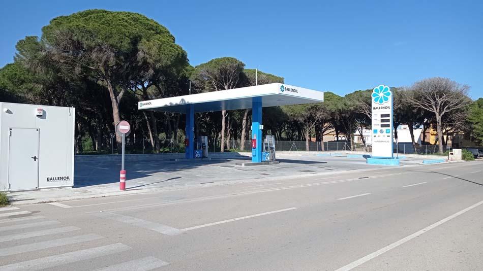 Gasolinera Ballenoil barbate