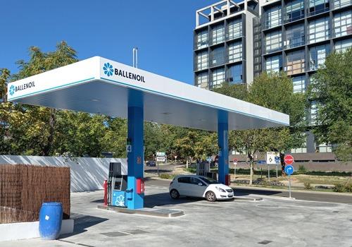 Gasolinera Ballenoil sanse