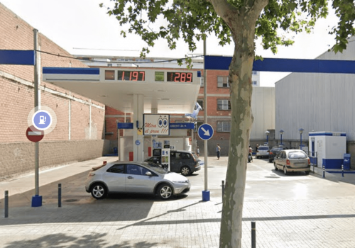 Gasolinera Ballenoil Barcelona asuncion la maquinista