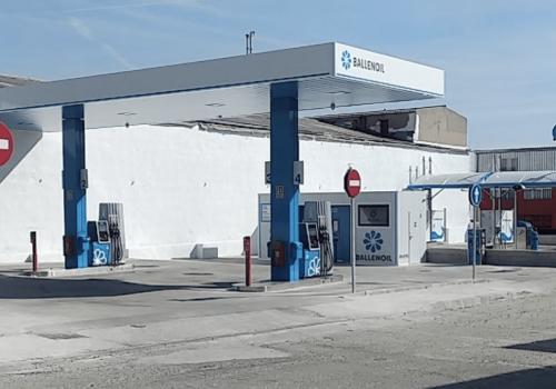 gasolinera Ballenoil humanes de madrid